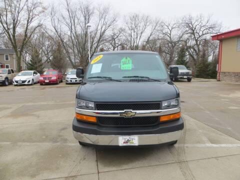 2018 Chevrolet Express Passenger for sale at Aztec Motors in Des Moines IA