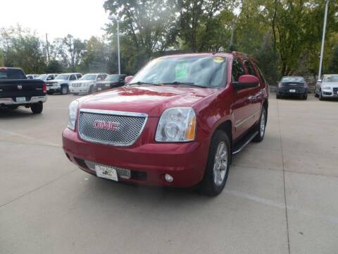 2012 GMC Yukon for sale at Aztec Motors in Des Moines IA