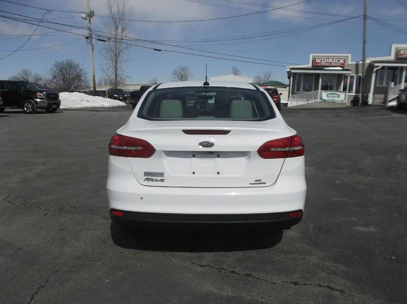 2016 Ford Focus SE 4dr Sedan - Watertown NY