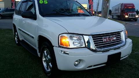 2005 GMC Envoy for sale at Derby City Automotive in Louisville KY