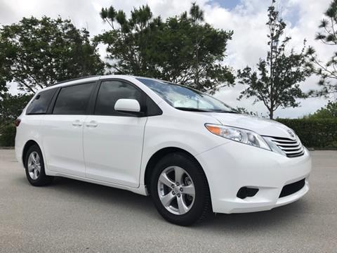 2016 Toyota Sienna for sale in Coconut Creek, FL