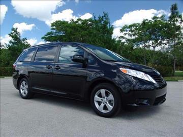 2015 Toyota Sienna for sale in Coconut Creek, FL