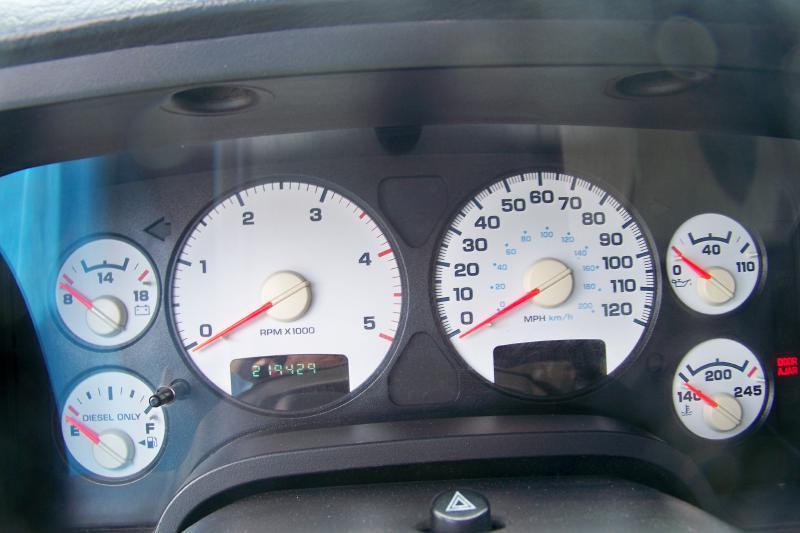 2004 Dodge Ram Pickup 2500 ST - Mogadore OH