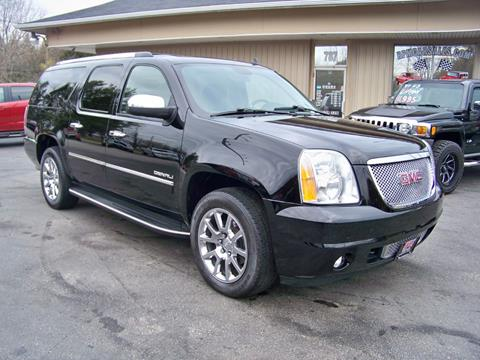 2011 GMC Yukon XL for sale in Mogadore, OH