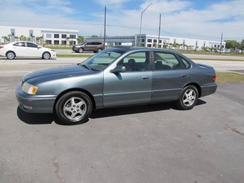 1999 Toyota Avalon for sale at HUGH WILLIAMS AUTO SALES in Lakeland FL