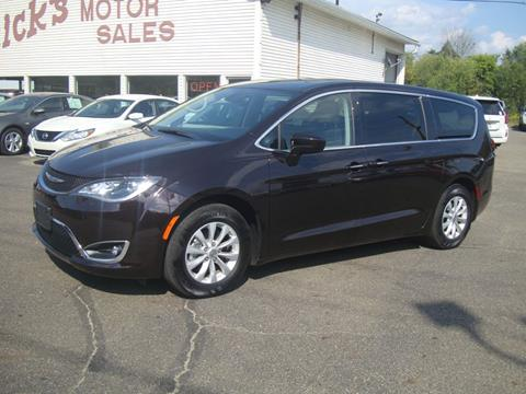 2018 Chrysler Pacifica for sale in Dover, OH