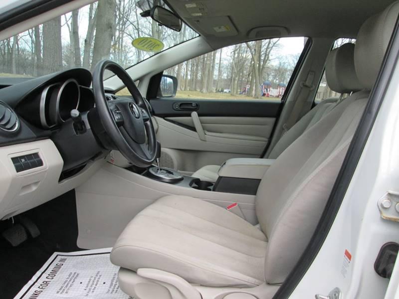 2010 Mazda CX-7 i SV (image 12)