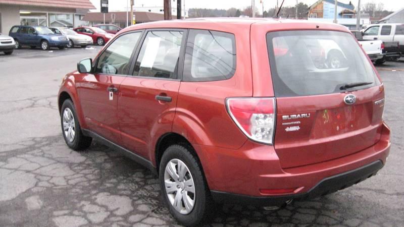 2010 Subaru Forester 2.5X (image 3)