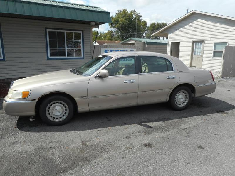 1998 Lincoln Town Car Executive 4dr Sedan In Fort Wayne In Settle