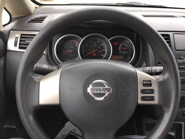 2012 Nissan Versa 1.8 S 4dr Hatchback 4A - Columbia MO