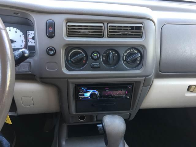 2002 Mitsubishi Montero Sport XLS 2WD 4dr SUV - Columbia MO