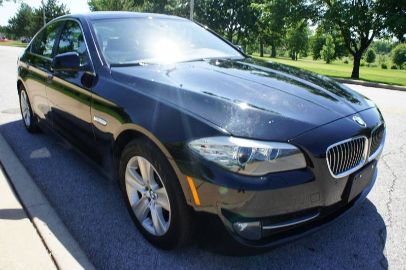 2011 BMW 5 Series 528i 4dr Sedan - Saint Louis MO
