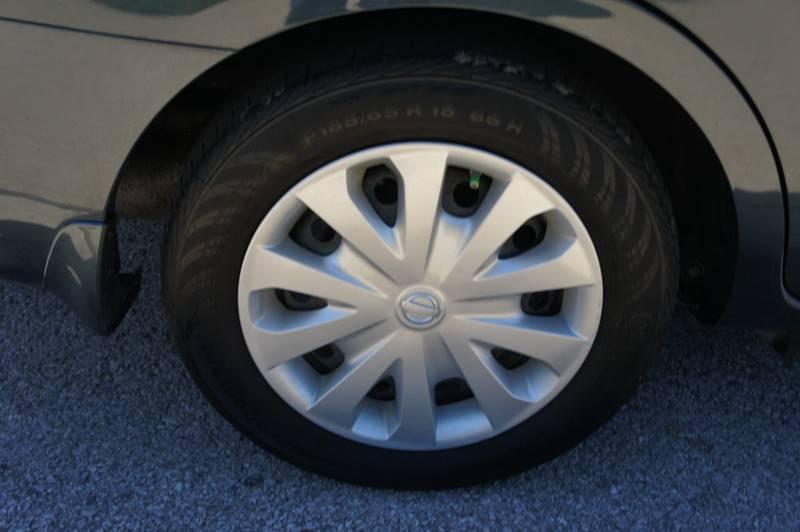2016 Nissan Versa 1.6 S Plus 4dr Sedan - Saint Louis MO