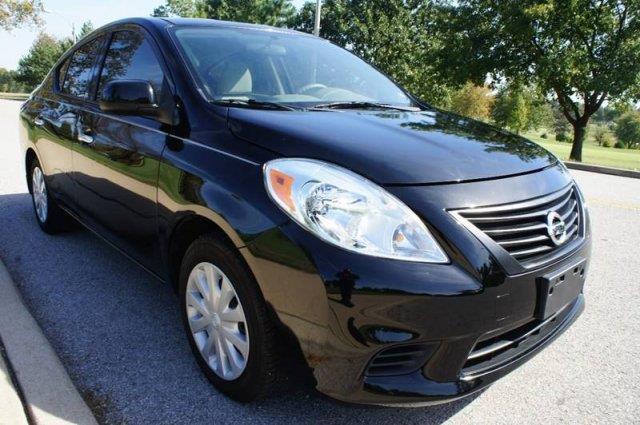 2014 Nissan Versa 1.6 SV 4dr Sedan - Saint Louis MO