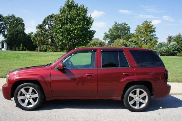 2008 Chevrolet TrailBlazer 4x4 SS 4dr SUV w/3SS - Saint Louis MO