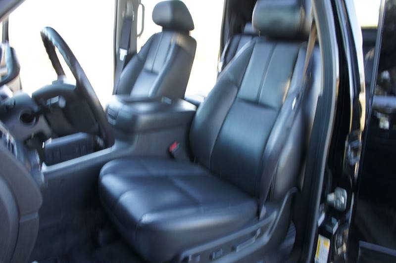 2011 Chevrolet Avalanche 4x4 LT 4dr Crew Cab Pickup - Saint Louis MO