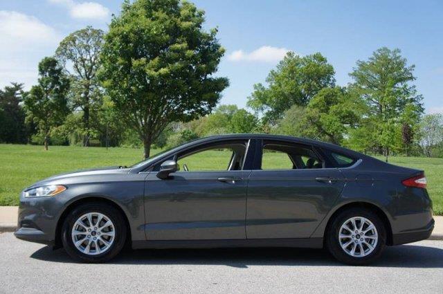 2015 Ford Fusion S 4dr Sedan - Saint Louis MO