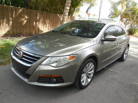 2009 Volkswagen CC for sale at FINANCIAL CLAIMS & SERVICING INC in Hollywood FL