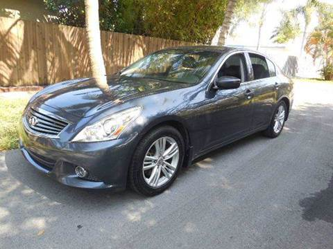 2011 Infiniti G25 Sedan for sale at FINANCIAL CLAIMS & SERVICING INC in Hollywood FL