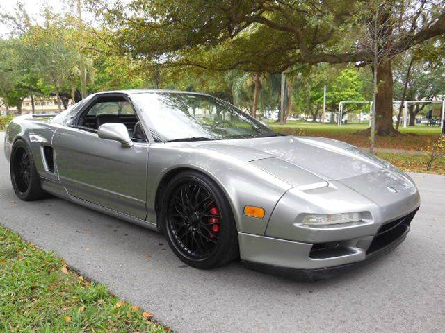 1998 Acura NSX for sale at FINANCIAL CLAIMS & SERVICING INC in Hollywood FL