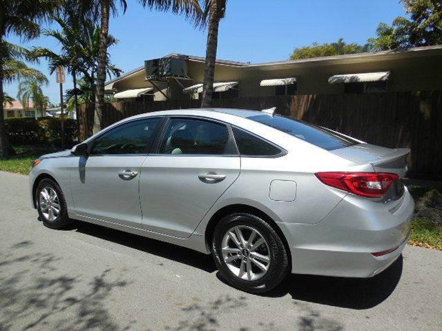 2017 Hyundai Sonata for sale at FINANCIAL CLAIMS & SERVICING INC in Hollywood FL