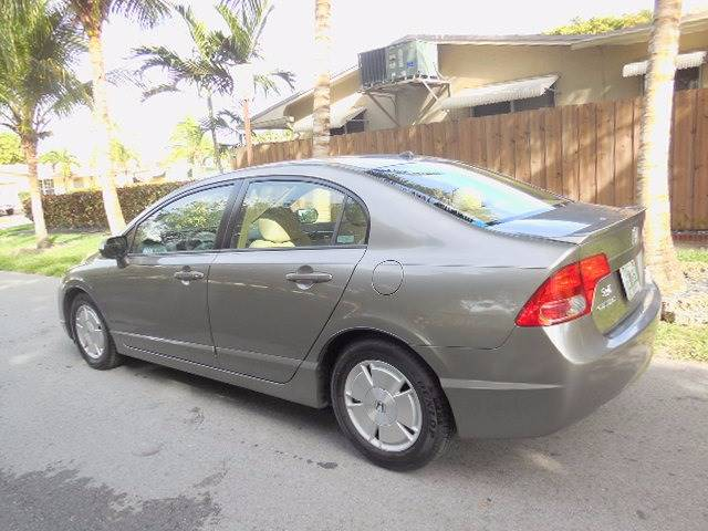 2008 Honda Civic for sale at FINANCIAL CLAIMS & SERVICING INC in Hollywood FL