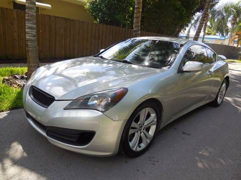 2011 Hyundai Genesis Coupe for sale at FINANCIAL CLAIMS & SERVICING INC in Hollywood FL
