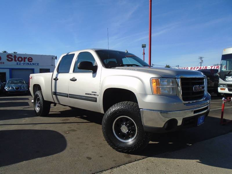 2007 GMC Sierra 2500HD for sale at The Fine Auto Store in Imperial Beach CA