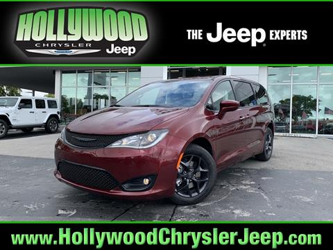 2020 Chrysler Pacifica for sale in Hollywood, FL
