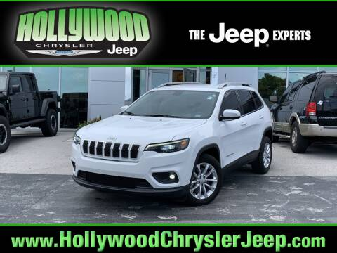 2019 Jeep Cherokee Latitude for sale at HOLLYWOOD CHRYSLER JEEP in Hollywood FL