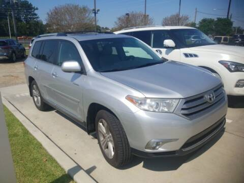 2013 Toyota Highlander for sale at JOE BULLARD USED CARS in Mobile AL