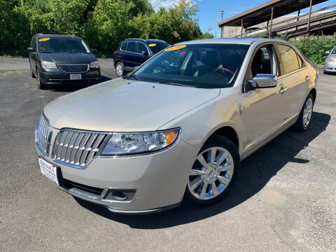 2010 Lincoln MKZ for sale at Bob Karl's Sales & Service in Troy NY