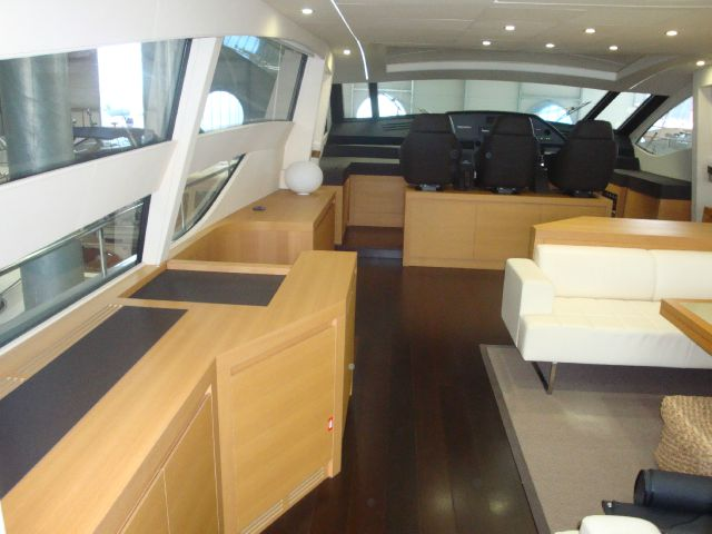 2011 Pershing 80  3-State Room - Miami FL