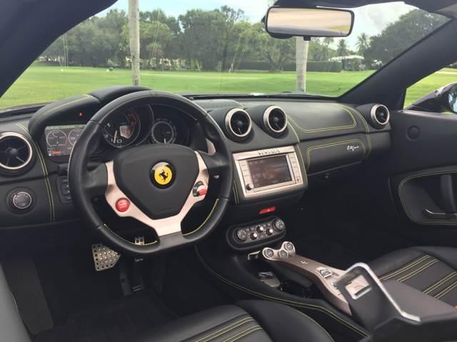 2013 Ferrari California 2dr Convertible - Miami FL