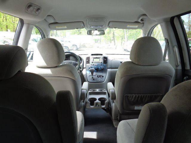 2009 Kia Sedona LX 4dr Mini-Van LWB - Prospect CT