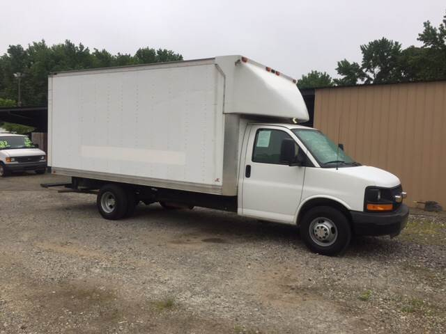 2010 Chevrolet Express Cutaway 3500 2dr 177 in. WB Cutaway Chassis w/ 1WT - Charlotte NC