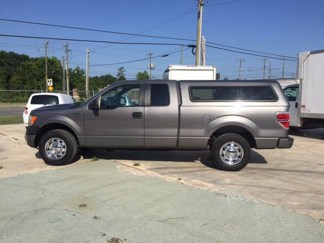 2013 Ford F-150 4x2 XL 4dr SuperCab Styleside 6.5 ft. SB - Charlotte NC