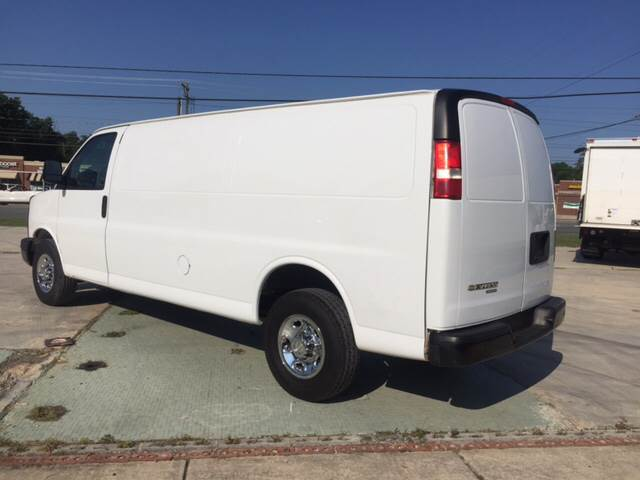 2014 Chevrolet Express Cargo 3500 3dr Extended Cargo Van w/1WT - Charlotte NC