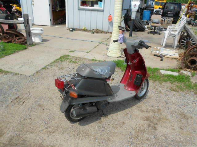 1999 Yamaha Razz 50 cc for sale at D & T AUTO INC in Columbus MN