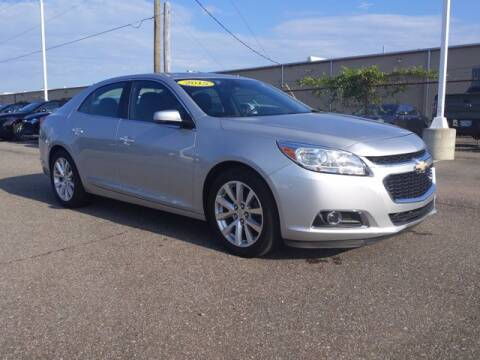 2015 Chevrolet Malibu for sale at Jimmys Car Deals in Livonia MI