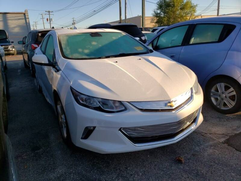 2018 Chevrolet Volt for sale at Jimmys Car Deals in Livonia MI