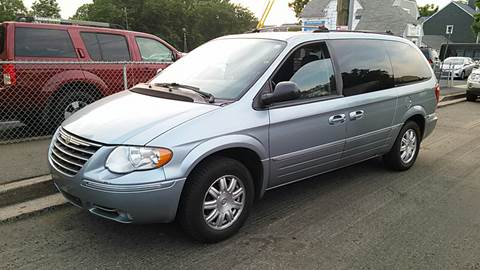 2005 Chrysler Town and Country for sale in Arlington, VA