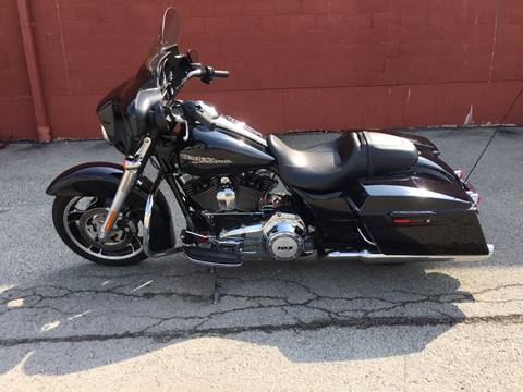 2013 Harley-Davidson Street-Glide for sale at ELIZABETH AUTO SALES in Elizabeth PA