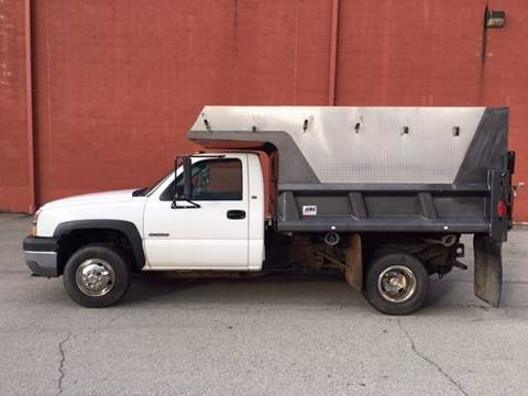 2005 Chevrolet C/K 3500 Series for sale at ELIZABETH AUTO SALES in Elizabeth PA