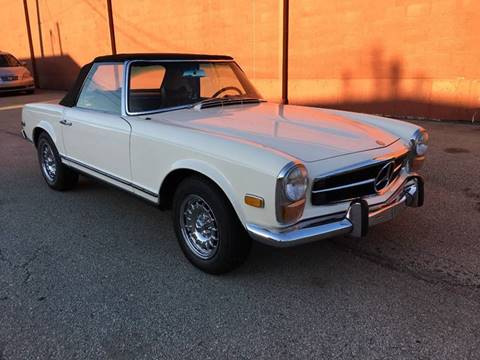 1970 Mercedes-Benz 280-SL for sale at ELIZABETH AUTO SALES in Elizabeth PA