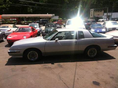 1986 Pontiac Grand Prix for sale at ELIZABETH AUTO SALES in Elizabeth PA