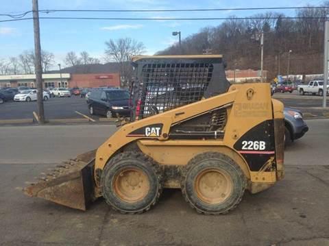 2003 Caterpillar 226B for sale at ELIZABETH AUTO SALES in Elizabeth PA