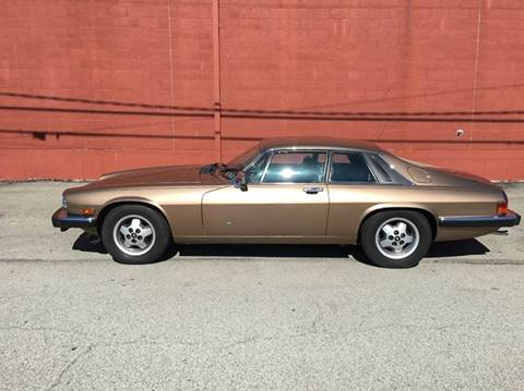 1986 Jaguar XJ-Series for sale at ELIZABETH AUTO SALES in Elizabeth PA
