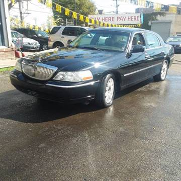2010 Lincoln Town Car for sale in Newark, NJ
