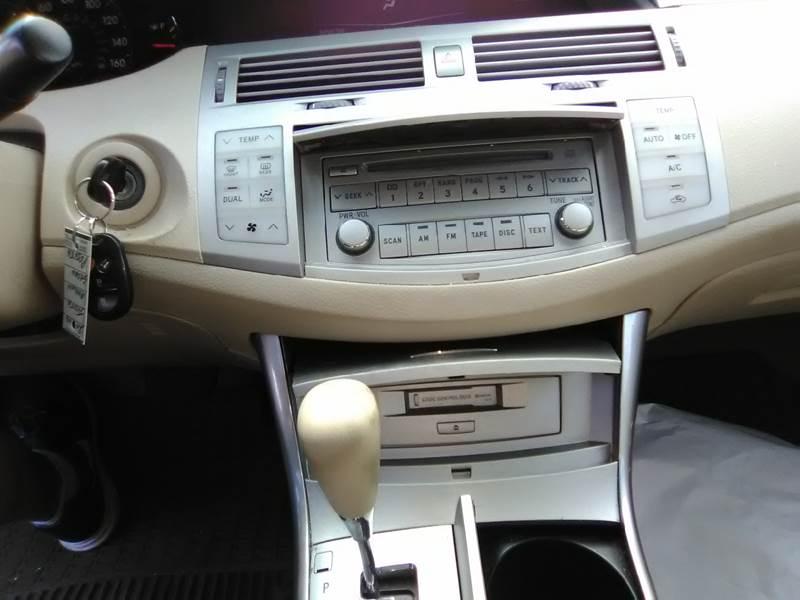 2006 Toyota Avalon XL 4dr Sedan - Somerset MA